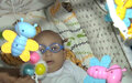 Bebê de 5 meses precisa de ajuda para as despesas de cirurgia de catarata