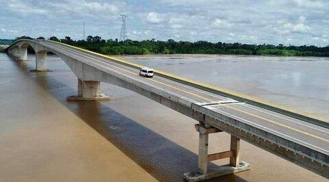 Lenha na Fogueira com Jair Bolsonaro inaugurou a famosa Ponte do Abunã