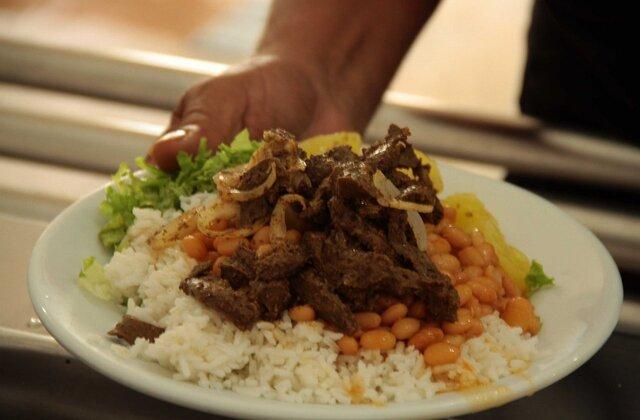 Programa ''Prato Fácil'' do Governo de Rondônia credencia restaurantes a fornecer refeições ao custo de R$ 2 para a população