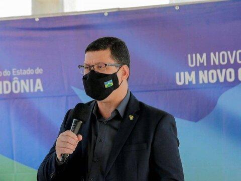 Governo anuncia R$ 300 milhões para projeto de asfalto em todos os municípios de Rondônia