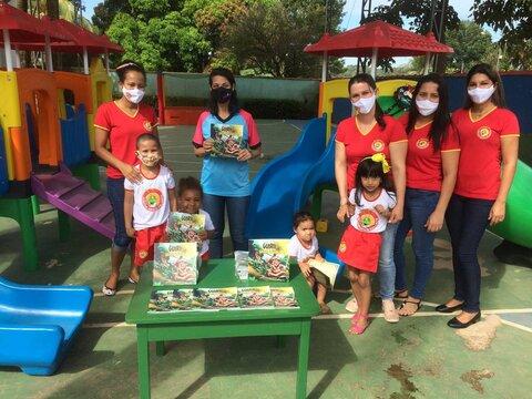 800 unidades do Livro Infantil Guirii e a Árvore da Vida foram entregues em Rondônia