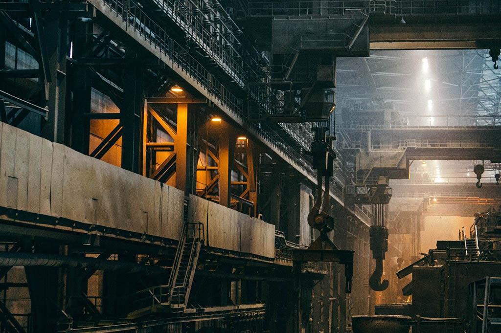 Estima-se que o setor da indústria pode voltar a crescer no segundo semestre de 2021 – Fonte: Unsplash - Gente de Opinião