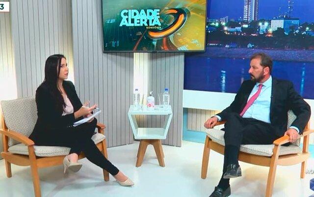 Hildon Chaves é entrevistado por Cristiane Lopes no programa Cidade Alerta Rondônia - Gente de Opinião
