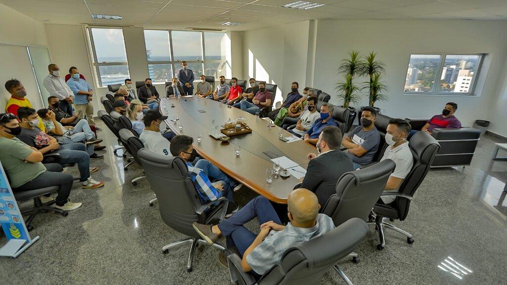 Presidente Alex Redano participa de encontro do setor de eventos com o chefe da Casa Civil do Governo - Gente de Opinião
