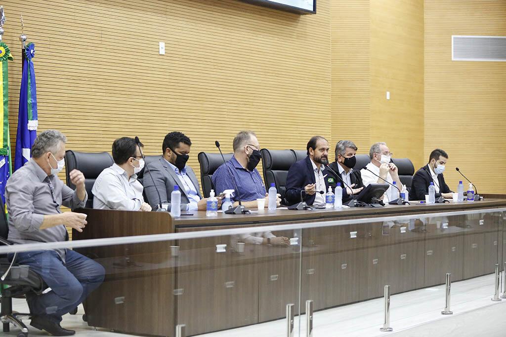 Deputado Laerte Gomes propõe projeto para que produtores possam empenhar gado em financiamentos bancários - Gente de Opinião