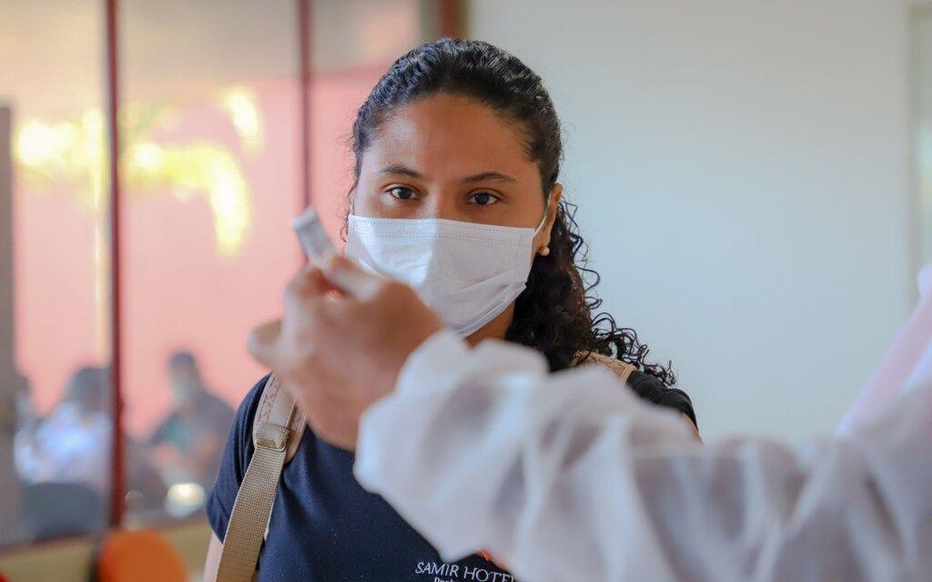 Porto Velho reduz faixa etária para vacinar pessoas acima de 32 anos com cadastro no SASI - Gente de Opinião
