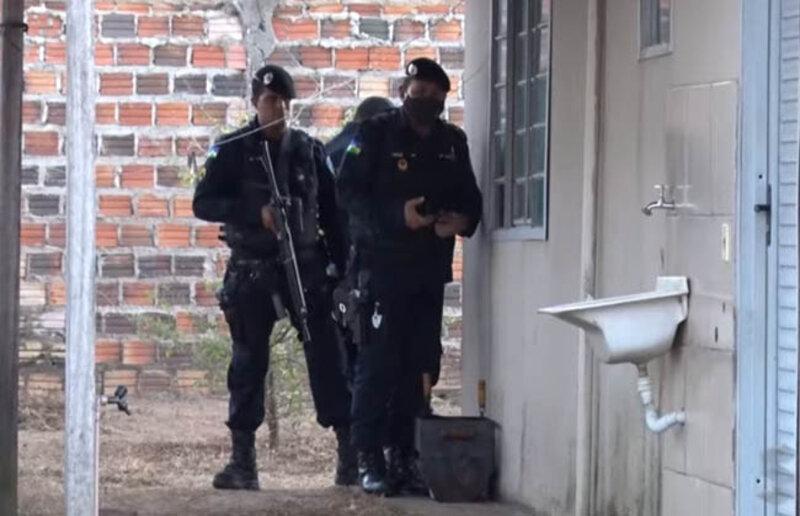 Casal refém fala sobre os momentos de terror sob a mira de um revólver