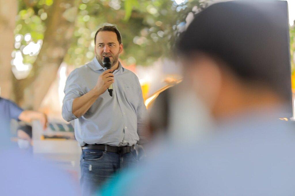 Presidente Alex Redano anuncia convênio de R$ 1 milhão para recuperação de estradas em Vale do Anari - Gente de Opinião