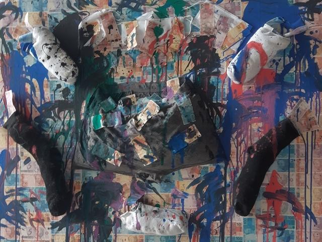 A crise no parlamento. A artista retrata na tela  Dinheiro na cueca e nas meias a realidade da política brasileira. - Gente de Opinião