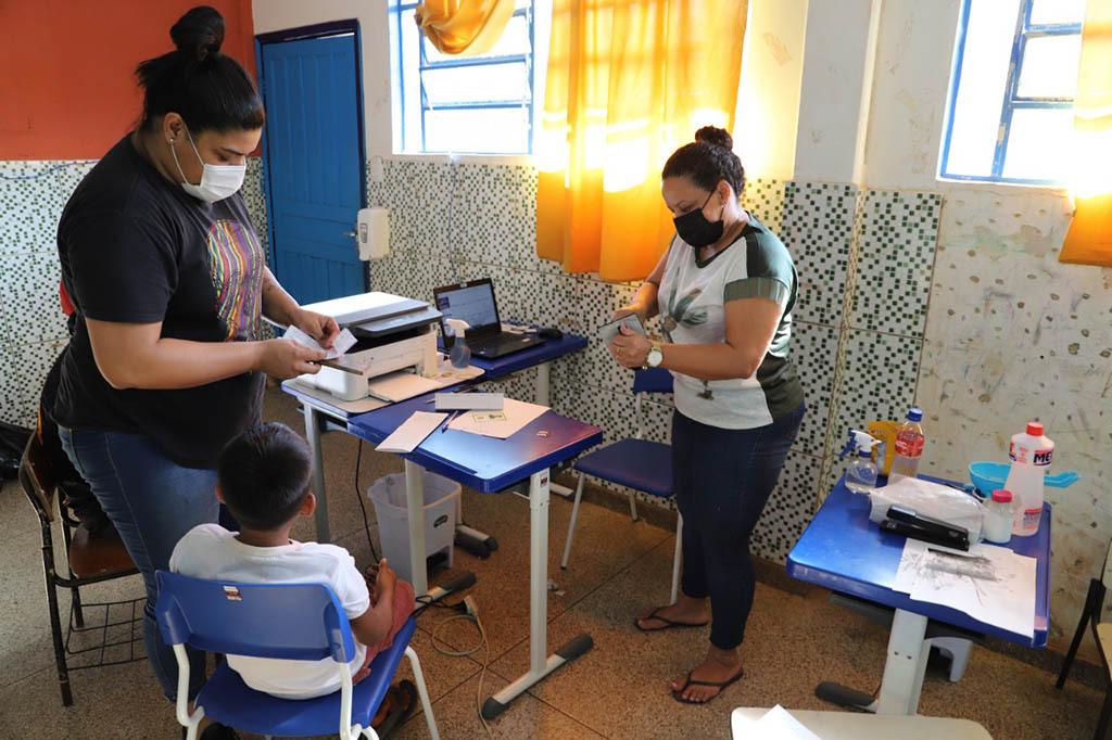 Moradores de Ponta do Abunã são atendidos com emissão de documentos - Gente de Opinião