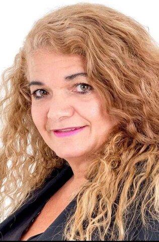 Lenha na Fogueira com  a homenagem a Léia Leandro e a promulgação da Lei de Política de Turismo - Gente de Opinião