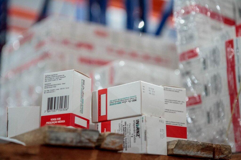 Representantes da Agevisa e do CRF se reuniram para tratar sobre o papel do farmacêutico como agente fiscalizador - Gente de Opinião