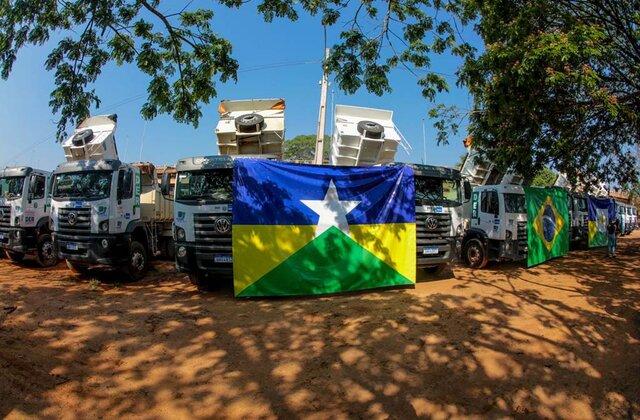 """Governo de Rondônia lança projetos """"Tchau Poeira"""" e """"Governo na Cidade"""" no município de Jaru"""