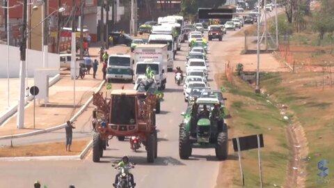 Milhares levam o verde-amarelo às ruas de Porto Velho