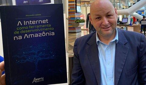 Alessandro Lubiana - Impacto da Internet no distrito de Calama é tema de livro lançado por doutorando