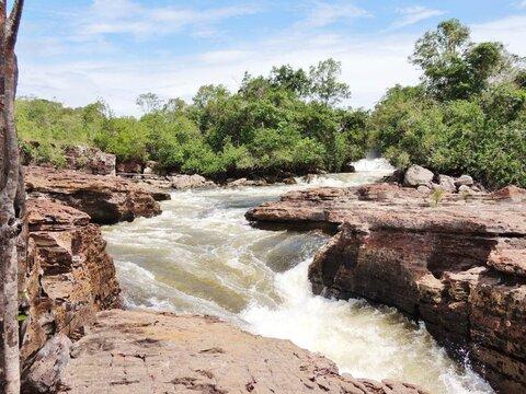 A Terceira Margem – Parte CCCI - Expedição Centenária Roosevelt-Rondon 3ª Parte – IX  Relatos Pretéritos: Ponte da Comissão ‒ Navaité