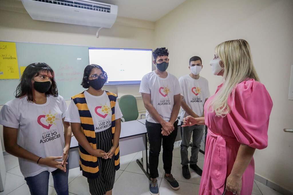 Sine Municipal de Porto Velho realiza cadastro de jovens na Associação Luz do Alvorecer - Gente de Opinião