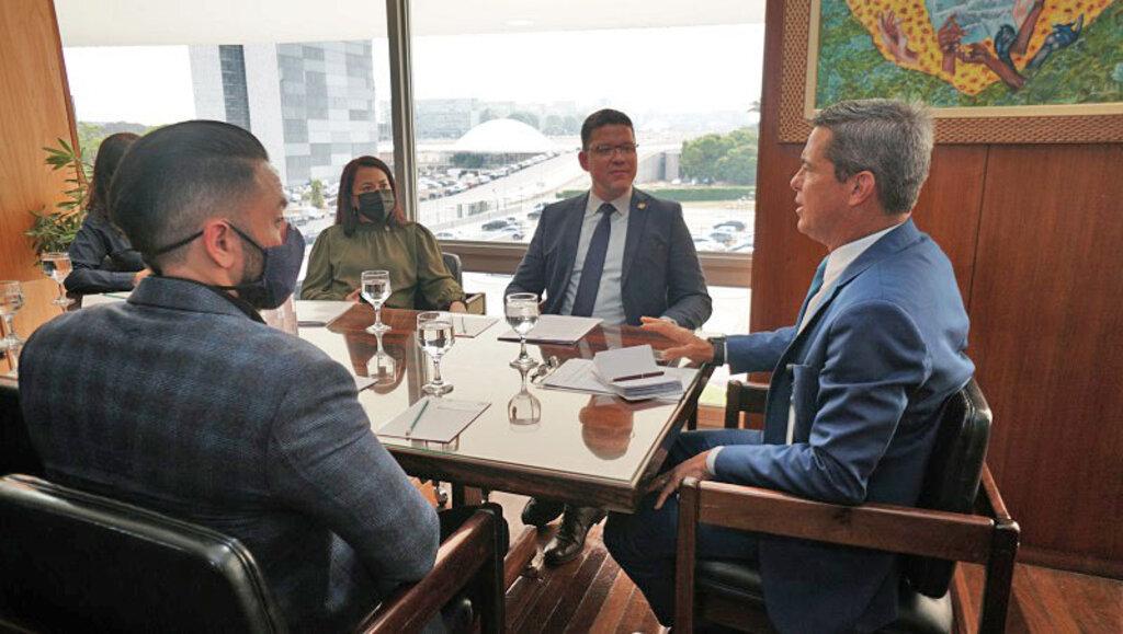 General Mario Fernandes recebe pedido do governador Marcos Rocha para criar meta de transposição - Gente de Opinião