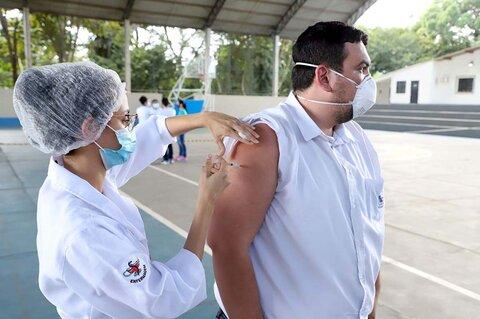 Dose de reforço para os profissionais da saúde começa neste sábado (25) em Porto Velho