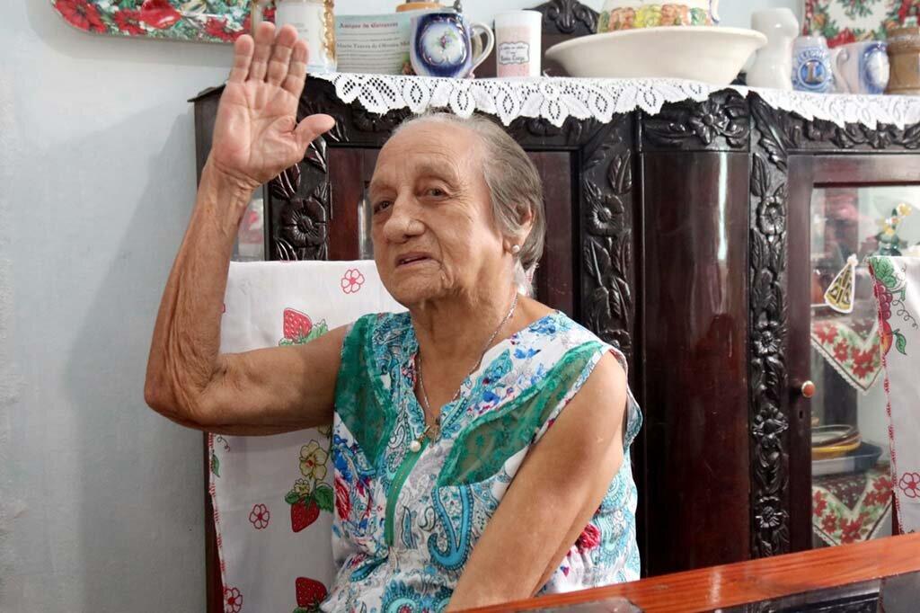 Maria Thereza de Oliveira Melo a mais antiga assinante do jornal Diário da Amazônia - Gente de Opinião
