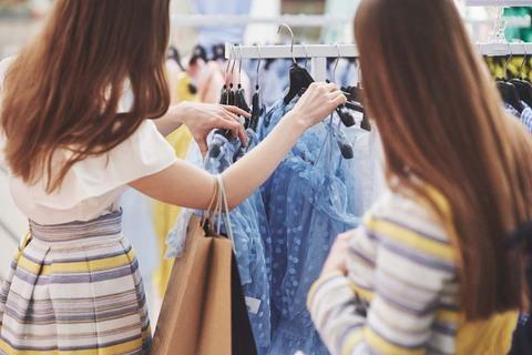 Recuperação dos serviços aumenta a projeção de vendas do final de ano