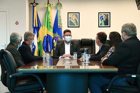 """Governo de Rondônia celebra parceria com os Correios no programa """"Remédio aqui em Casa"""""""